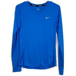 Nike Long Sleeve Moisture Wicking Running T-Shirt